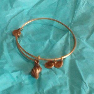 Alex & Ani Conch Shell Sea Ocean Beach Bracelet